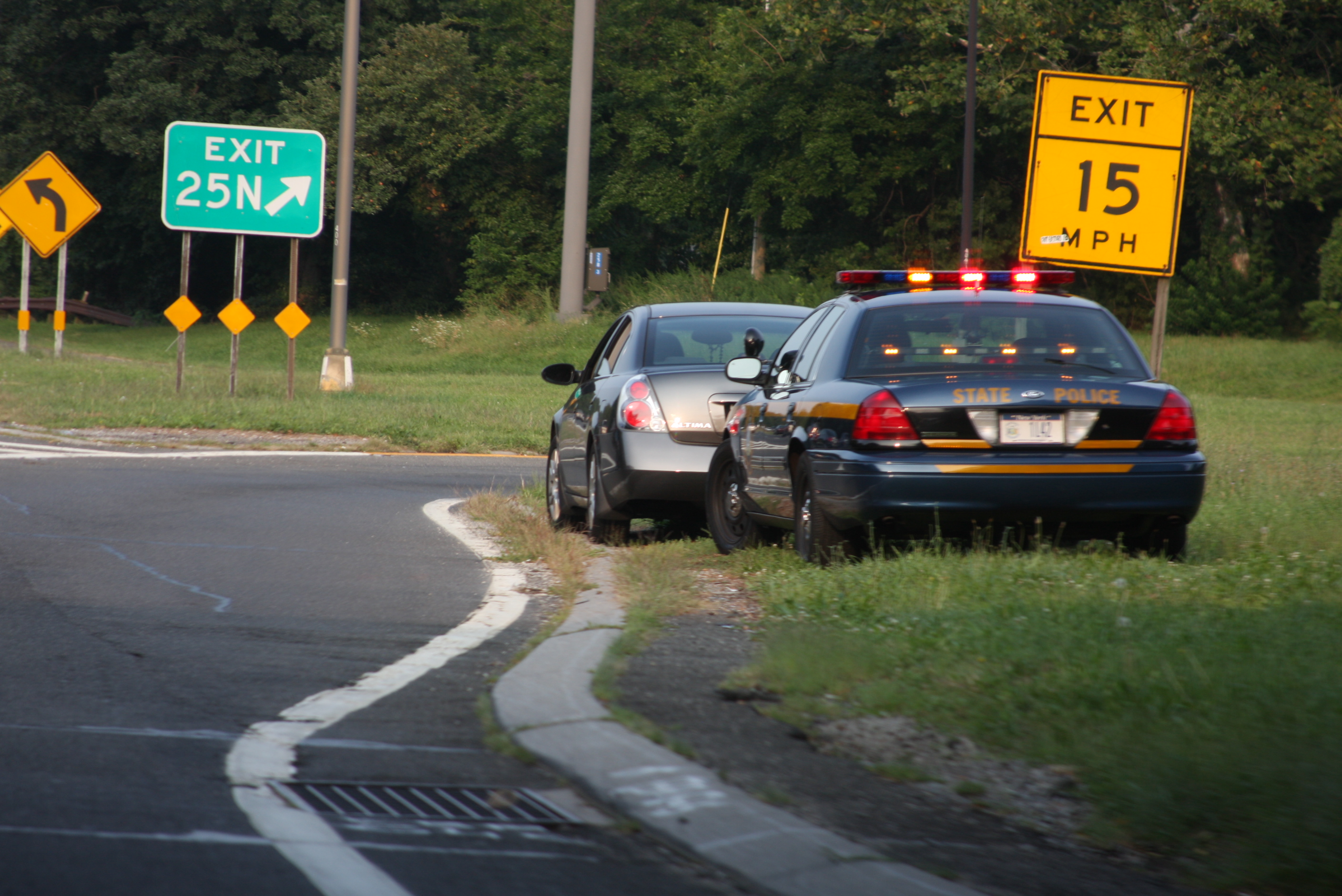 Reckless Driver Injures Two NY Police Officers